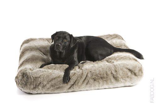 Hondenkussen Ligzak Royal Fur Zilvervos-0